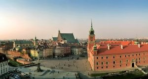 Warsaw_Castle_and_Old_Town-319x161