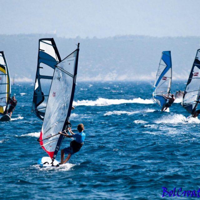 windsurfing-in-bol-2.jpg