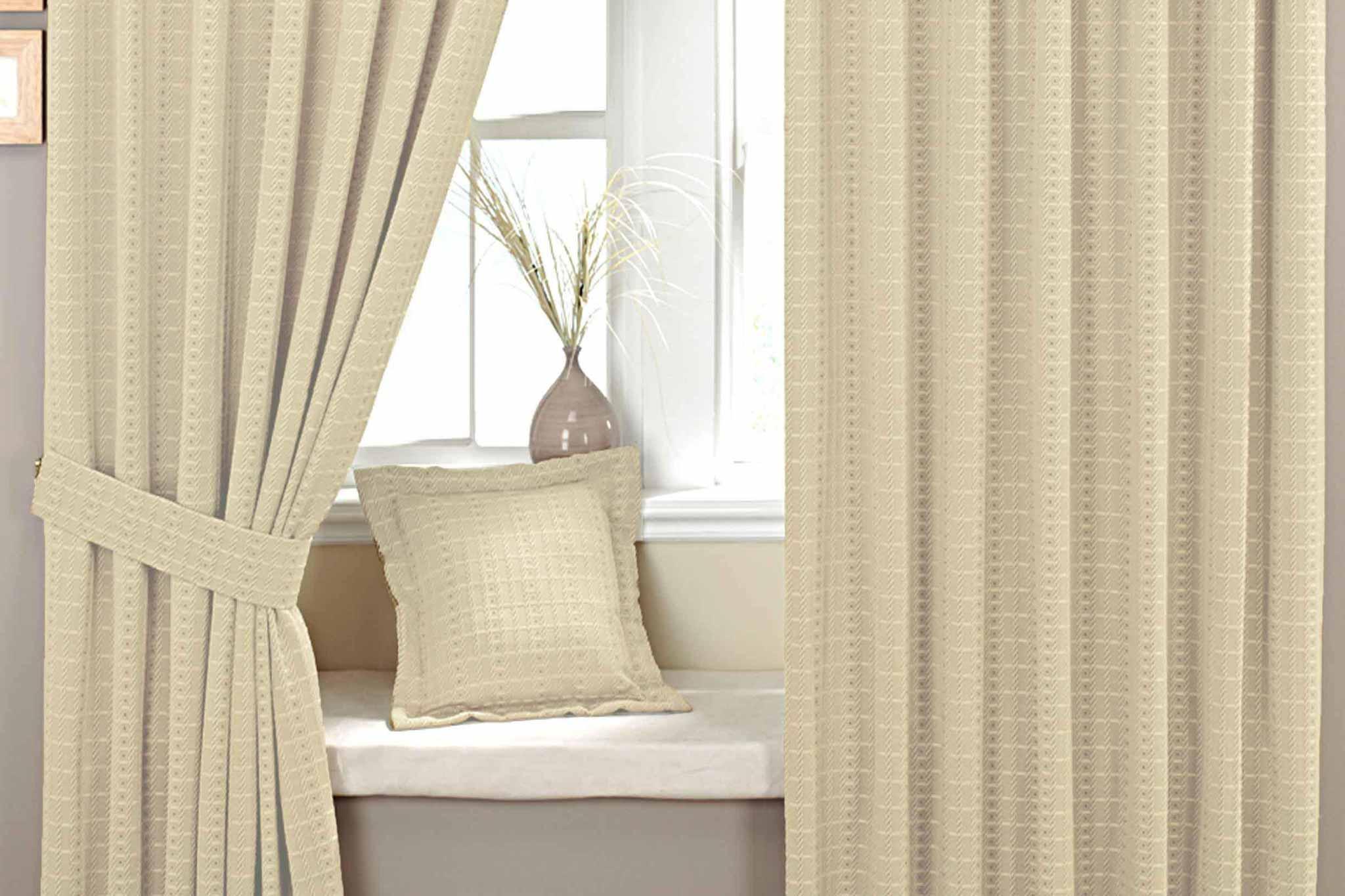 curtains-1.jpg